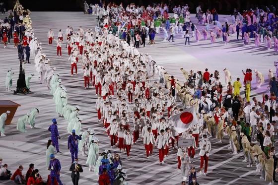 Khai mạc kỳ Olympic đặc biệt nhất trong lịch sử ảnh 3