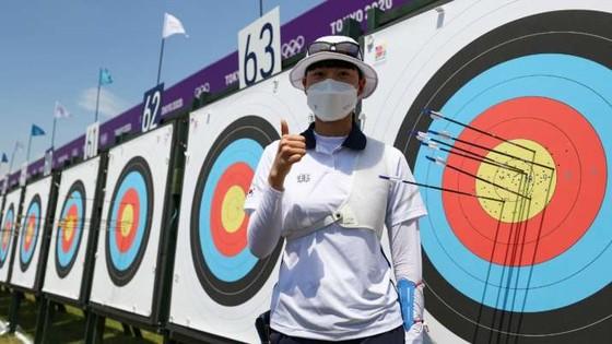 Nữ cung thủ đến từ Hàn Quốc An San phá kỷ lục Olympic. Ảnh: GETTY IMAGES