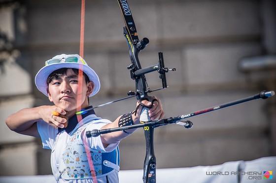 Nam sinh cấp 3 đánh bại kỷ lục gia thế giới trong ngày ra mắt Olympic ảnh 2