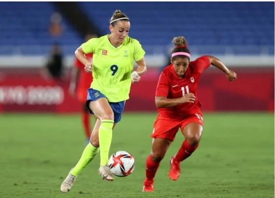 Bóng đá nữ Canada lần đầu giành HCV Olympic ảnh 2