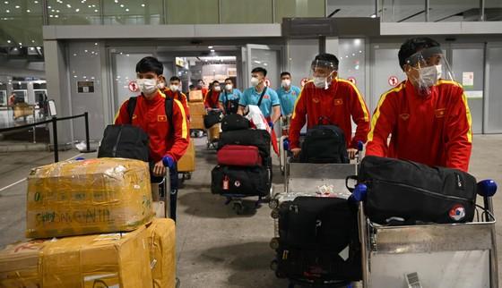 Tuyển futsal Việt Nam có mặt ở Tây Ban Nha sau hơn 1 ngày bay ảnh 2