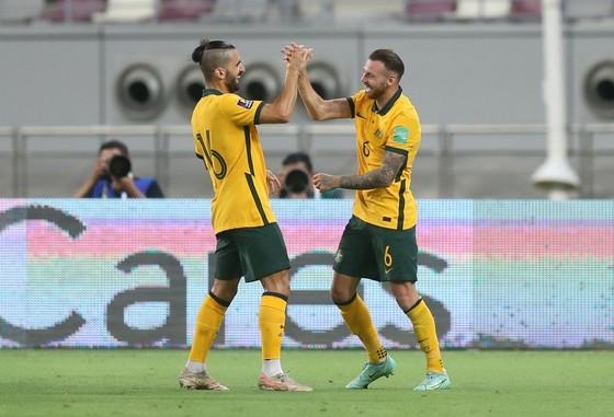 Australia dễ dàng đánh bại Trung Quốc ảnh 2