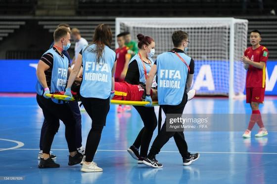 Futsal World Cup 2021: Đội tuyển Việt Nam chiến đấu quả cảm để giành vé vào vòng 1/8 ảnh 2