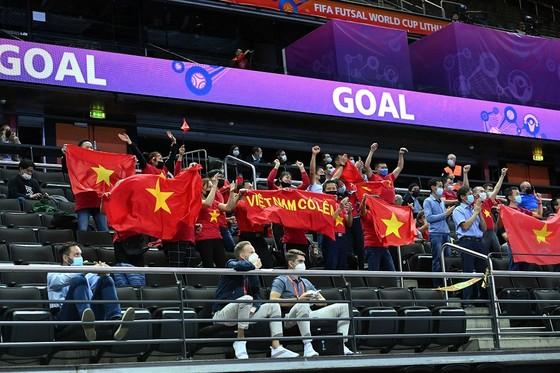FIFA: Tuyển futsal Việt Nam hạnh phúc với 1 điểm ảnh 2