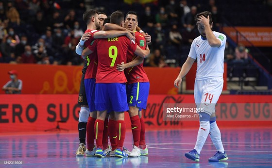 Xác định 4 cặp đấu tứ kết Futsal World Cup 2021 ảnh 2