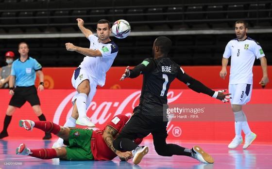 Xác định 4 cặp đấu tứ kết Futsal World Cup 2021 ảnh 1