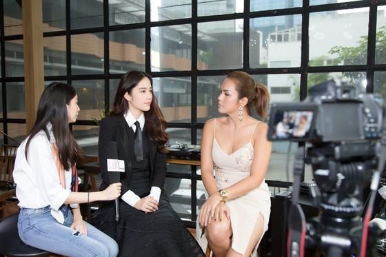 """Nam Em """"chơi lớn"""" khi ra mắt MV tại Thái Lan ảnh 3"""