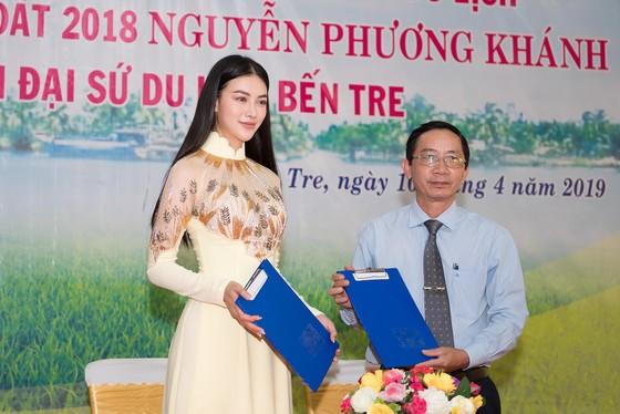 Hoa hậu Phương Khánh trở thành Đại sứ du lịch tỉnh Bến Tre ảnh 1