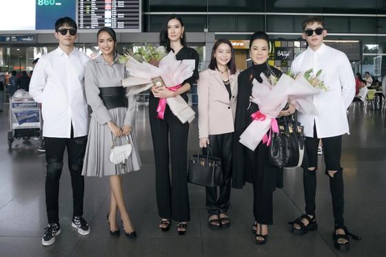 Tân Hoa hậu Hoàn vũ Hàn Quốc đến Việt Nam ảnh 5