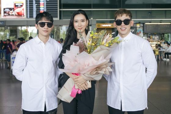 Tân Hoa hậu Hoàn vũ Hàn Quốc đến Việt Nam ảnh 4