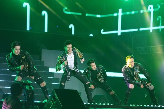 Noo Phước Thịnh đại diện Việt Nam tại V Heartbeat Live in Seoul ảnh 2