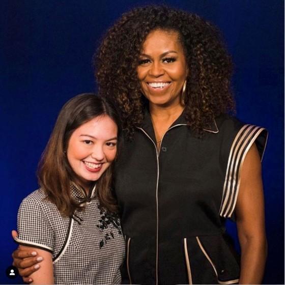Cựu đệ nhất phu nhân Mỹ - Michelle Obama  - diện thiết kế mới của Công Trí ảnh 1