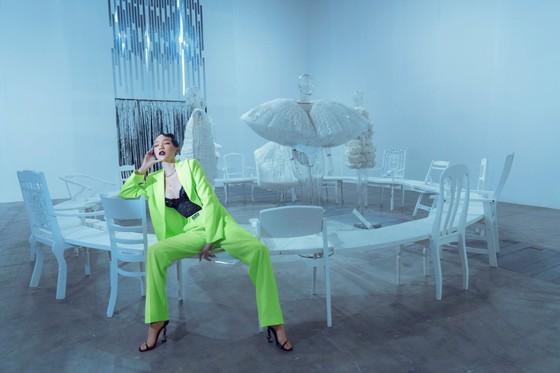 Ám ảnh với 10 không gian đương đại trong hành trình thời trang của NTK Công Trí ảnh 3