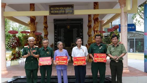 Khánh thành Nhà tưởng niệm các anh hùng liệt sĩ Tiểu đoàn Tây Đô tại Tân Hiệp ảnh 2