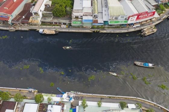 Tái diễn dòng nước đen trên sông Cái Lớn ảnh 2