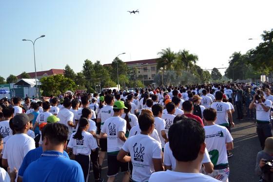 """Hơn 7.100 vận động viên tham gia Giải marathon quốc tế """"Mekong delta marathon"""" ảnh 1"""