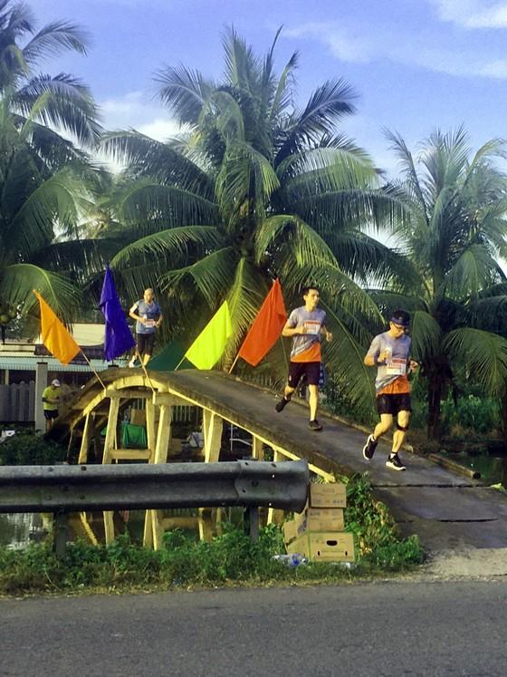 """Sôi nổi và nhiều ý nghĩa tại giải """"Mekong delta marathon"""" Hậu Giang 2020 ảnh 2"""