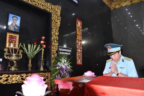 Lễ viếng phi công huyền thoại Nguyễn Văn Bảy ảnh 1