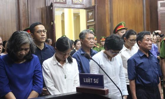 Bà Hứa Thị Phấn nhận thêm 20 năm tù vì gây thiệt hại 1.338 tỷ đồng cho Ngân hàng Đại Tín ảnh 1