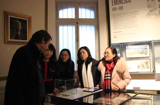 Đoàn đại biểu cấp cao HĐND TPHCM thăm và làm việc tại Romania ảnh 4