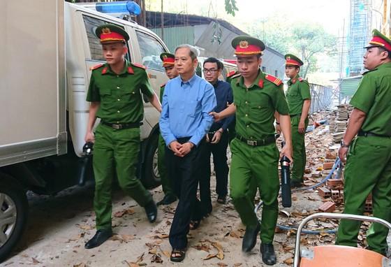 Bị cáo Nguyễn Hữu Tín nhận 7 năm tù ảnh 1