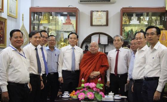 Lãnh đạo TPHCM thăm, chúc tết Ban Trị sự Giáo hội Phật giáo Việt Nam TPHCM và các hòa thượng ảnh 2