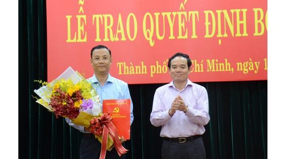 Bổ nhiệm Trưởng Ban Tuyên giáo huyện ủy Hóc Môn làm Phó Chánh Văn phòng Thành ủy ảnh 1