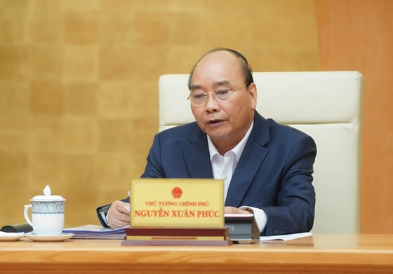 TPHCM kiến nghị giảm mức độ giãn cách xã hội sau ngày 22-4 ảnh 1