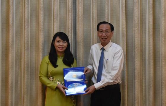 Đồng chí Vũ Thị Huỳnh Mai làm Phó Chánh Văn phòng UBND TPHCM ảnh 1