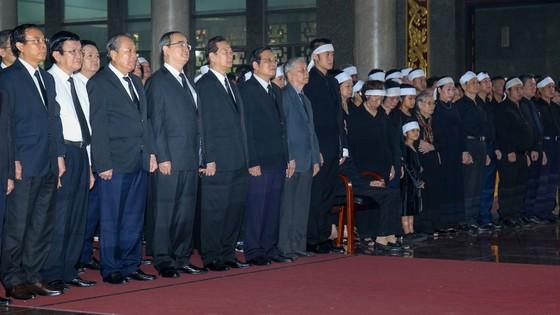 Tiễn đưa huyền thoại tình báo Trần Quốc Hương về nơi an nghỉ cuối cùng ảnh 2