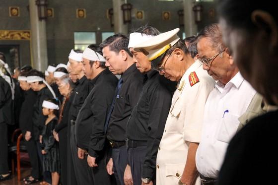 Tiễn đưa huyền thoại tình báo Trần Quốc Hương về nơi an nghỉ cuối cùng ảnh 3