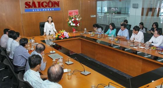 Lãnh đạo TPHCM thăm Báo SGGP và các cơ quan báo chí ảnh 1