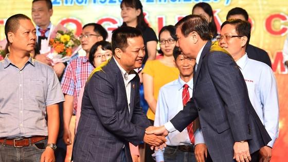 Bí thư Thành ủy TPHCM Nguyễn Thiện Nhân: Nhiệm vụ của báo chí nặng nề nhưng rất vẻ vang ảnh 3
