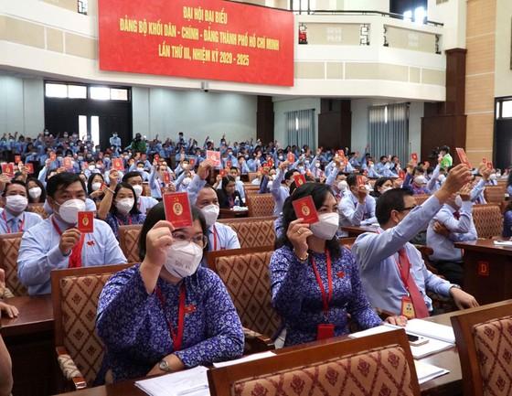Đảng bộ Khối Dân – Chính – Đảng đóng góp quan trọng thực hiện thắng lợi nhiệm vụ chính trị của Đảng bộ TPHCM ảnh 11