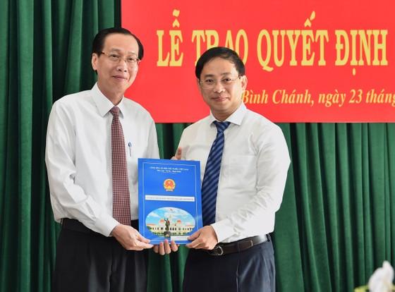 Phê chuẩn kết quả bầu Chủ tịch UBND huyện Bình Chánh với đồng chí Đào Gia Vượng ảnh 1
