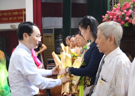 TPHCM: Nhiều quận, huyện kỷ niệm 90 năm Ngày truyền thống MTTQ Việt Nam ảnh 3