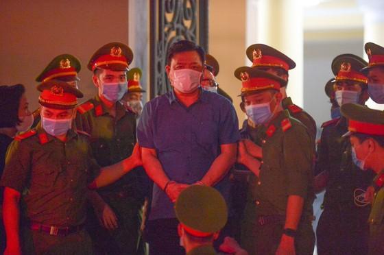 Ông Đinh Ngọc Hệ điều hành Công ty Yên Khánh ra sao? ảnh 2