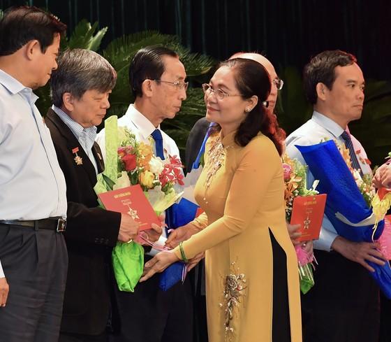 TPHCM họp mặt kỷ niệm 75 năm ngày Tổng tuyển cử đầu tiên bầu Quốc hội  ảnh 5
