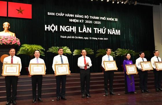 Bí thư Thành ủy TPHCM Nguyễn Văn Nên: Chống dịch Covid-19 vẫn là ưu tiên số 1 ảnh 3