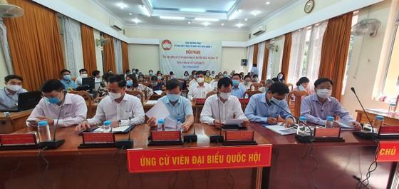 Hoàn thiện hệ thống pháp luật để bảo vệ quyền con người ảnh 1