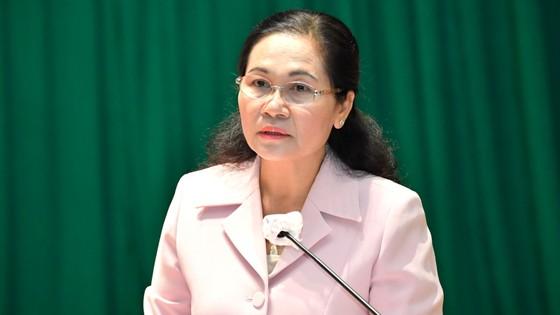 Chủ tịch nước Nguyễn Xuân Phúc: Sớm có tuyến cao tốc xuyên biên giới, giúp huyện Hóc Môn và Củ Chi đột phá phát triển ảnh 4