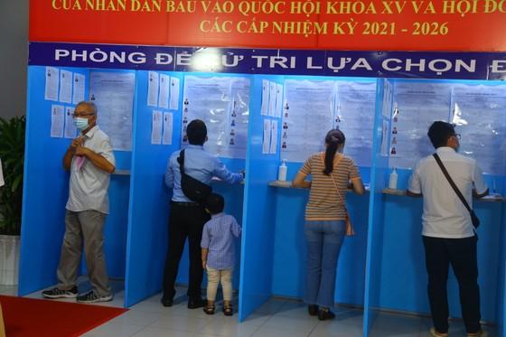 Chủ tịch Ủy ban Bầu cử TPHCM Nguyễn Thị Lệ: 99,38% cử tri đi bỏ phiếu, bầu cử an toàn và thành công ảnh 2