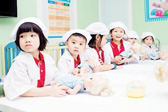 Khi trường có không gian xanh sẽ tạo nên 'thói quen xanh' tích cực cho trẻ… ảnh 4