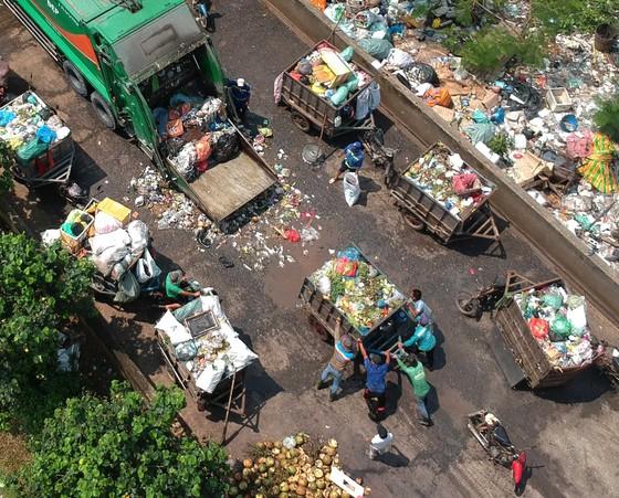 Cải tiến xe rác đạt chuẩn môi trường ảnh 1