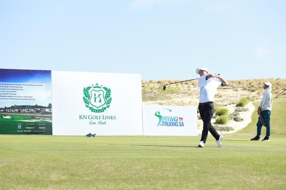 Giải golf 'Vì Trường Sa thân yêu' huy động hơn 136 tỷ đồng ủng hộ Trường Sa và Vùng 4 Hải quân ảnh 2