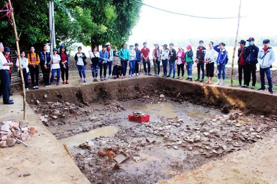 Hội thảo quốc tế gốm cổ Bình Định: Đánh giá lại giá trị gốm cổ Bình Định - Vương quốc Vijaya  ảnh 7