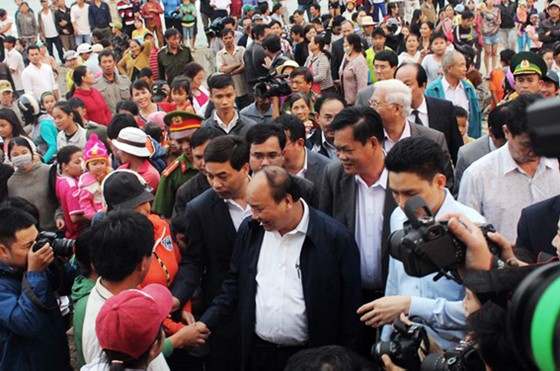 Thủ tướng Nguyễn Xuân Phúc thăm, tặng quà Tết cho người nghèo ở Phú Yên ảnh 2