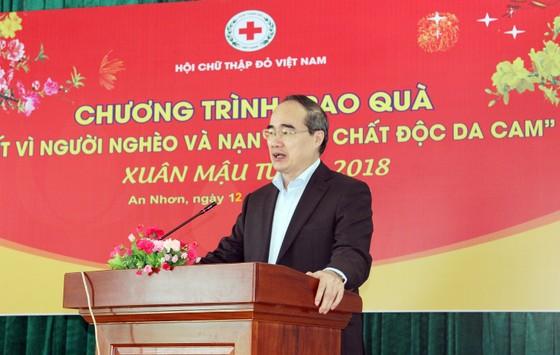 Đồng chí Nguyễn Thiện Nhân thăm, chúc Tết tỉnh Bình Định ảnh 5