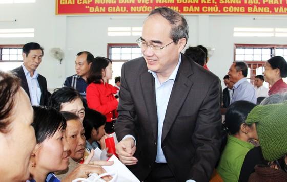 Đồng chí Nguyễn Thiện Nhân thăm, chúc Tết tỉnh Bình Định ảnh 4