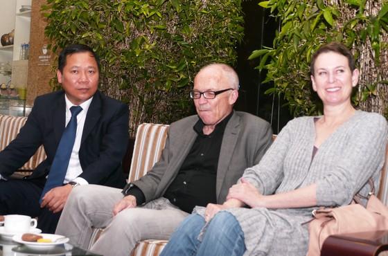 Hai giáo sư Nobel thế giới đến Quy Nhơn tham dự hội thảo khoa học  ảnh 4